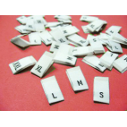 "10 woven labels ""XS"" (white background)"