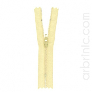 Nylon finished zipper Eggshell