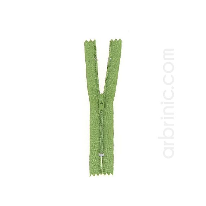 Nylon finished zipper 10cm Moss Green