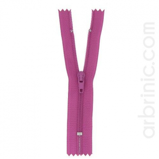Nylon finished zipper Plum